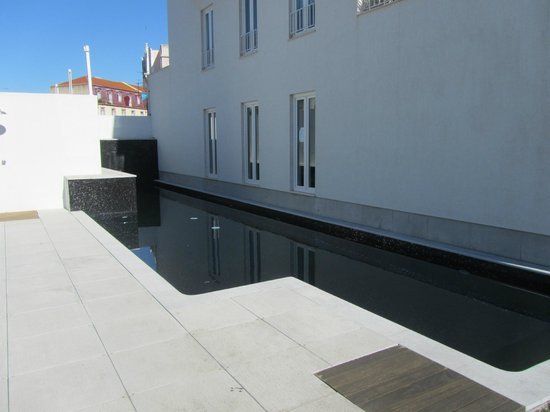 Pateo Lisbon Lounge Suites:                   Esterno