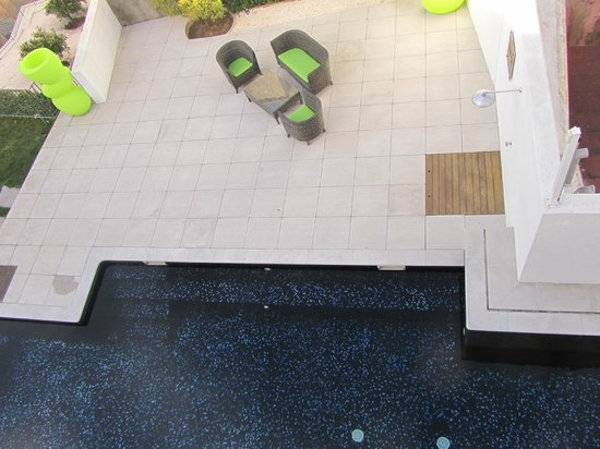 Pateo Lisbon Lounge Suites:                   Dalla finestra