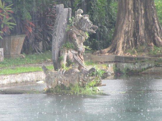 Tirtagangga:                   water