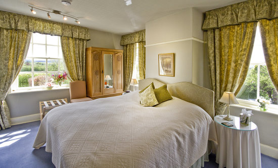 Bowers Hill Farm B&B: Spacious rooms with free Wi-Fi
