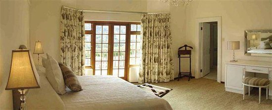 Ridgeback House: Room 1