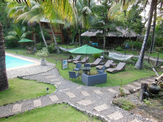 Oasis Resort  |  Alona Beach