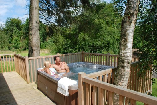 Darwin Forest Country Park: Relax in your own hot-tub