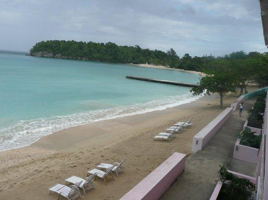 Shaw Park Beach Hotel & Spa:                   PLAGE