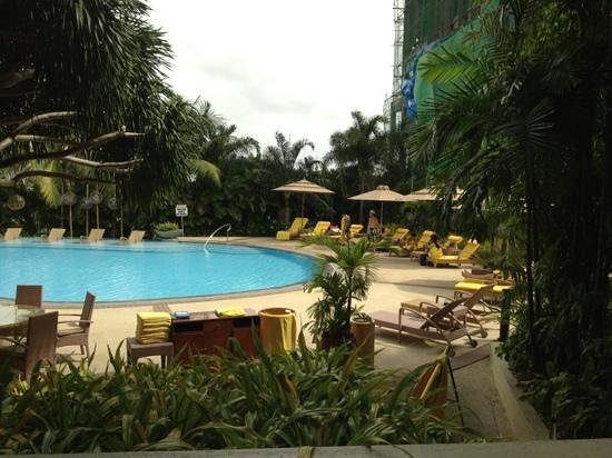 Marco Polo Plaza Cebu:                   pool
