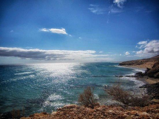 H10 Sentido Playa Esmeralda :                   view from beach side walk