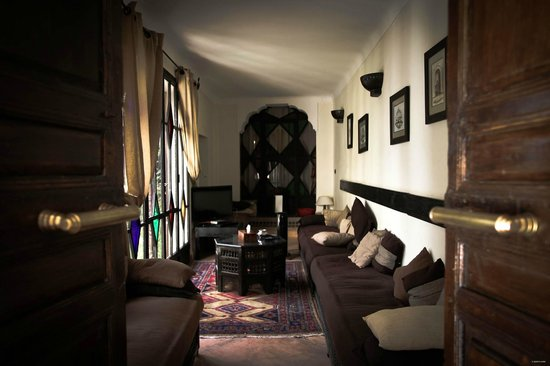 Riad Asna :                   The shared room