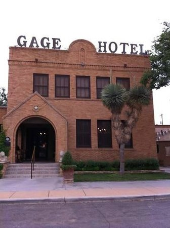 Gage Hotel, facing the highway.