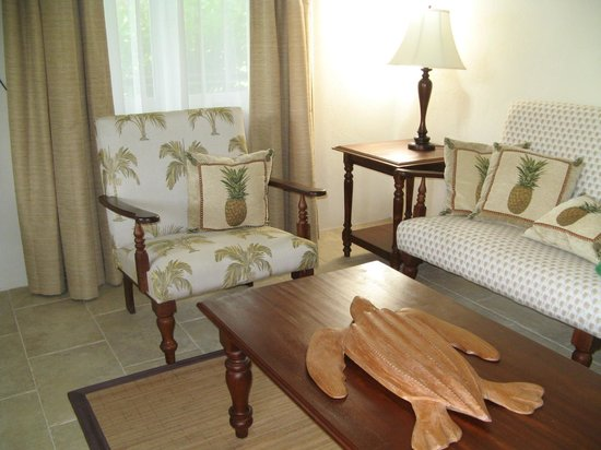 Rosalie Bay Resort:                   Sitting Room in Riverside Cabin