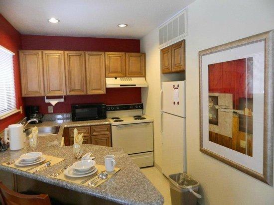 Residence Inn Kalamazoo East:                   Kitchen