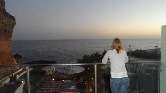 مارينا سويتس:                   view from 604 balcony                 