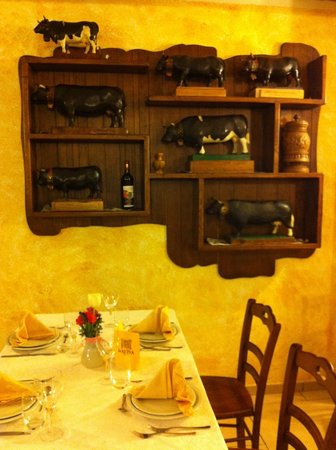 Agriturismo La Reina: Their prized fighting cows, 50 years of legend
