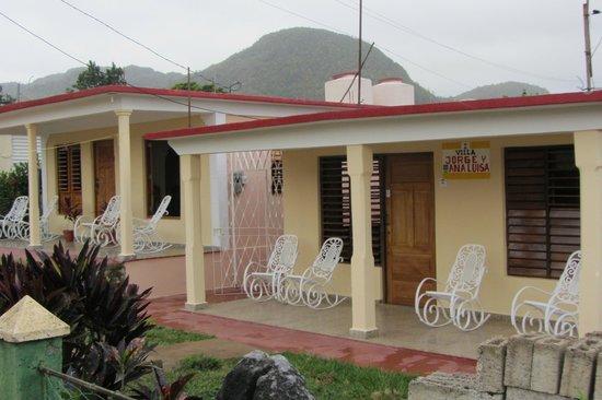 Villa Jorge y Ana Luisa:                   casa