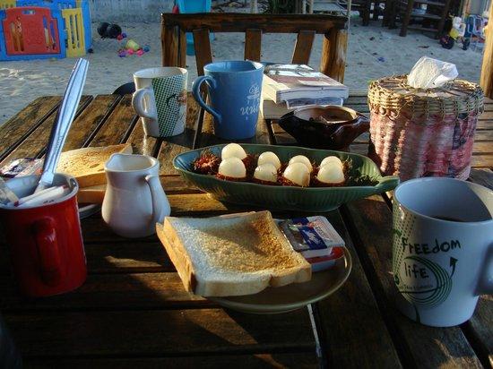Banana Garden Home: petit déjeuner