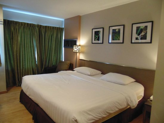 Bangkok Loft Inn:                   soft bed