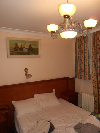 Hotel Continental :                   Chambre double