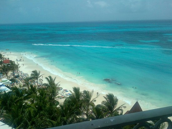 Hotel Riu Cancun :                   view from 7th floor