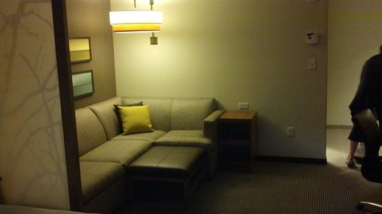 Hyatt Place Delray Beach:                   seating area