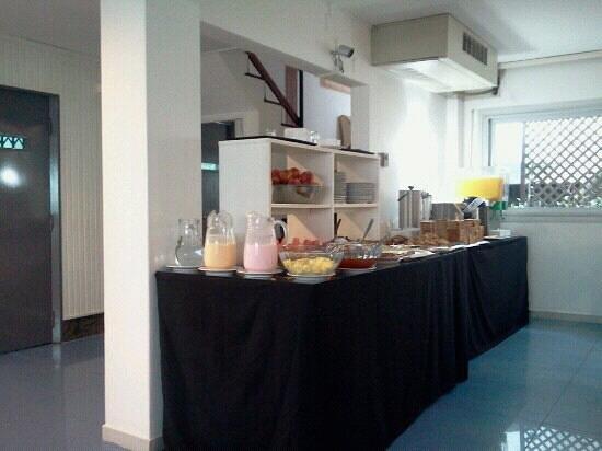 Hotel Florinda:                   desayuno