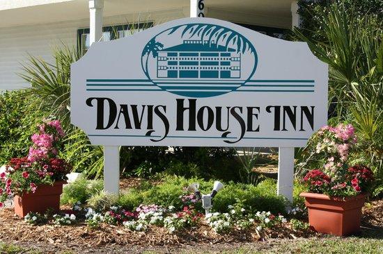 Davis House Inn Picture