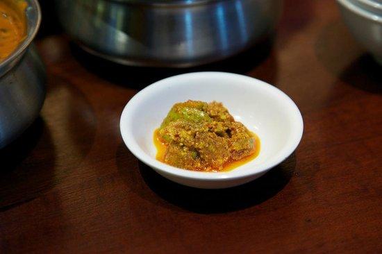 Saras, Pure Vegetarian Indian Restaurant: Condiment.