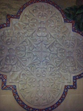 Stanford University:                   壁に施された彫刻