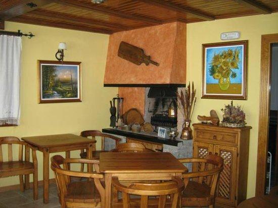 Casa La Abadia: Comedor