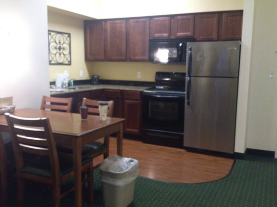 Residence Inn Columbia Northeast: Dining Table for 4