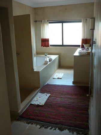 Kasbah Bab Ourika:                   Bathroom