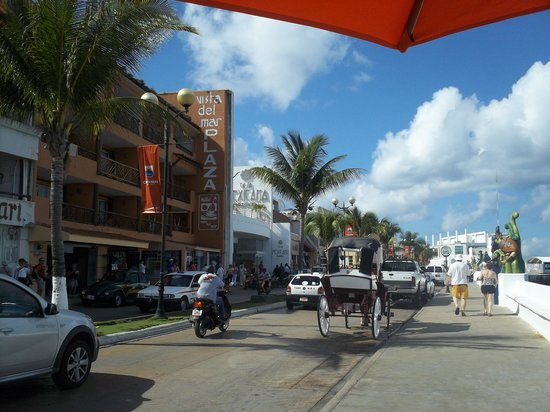 Casa Mexicana Cozumel:                   street view