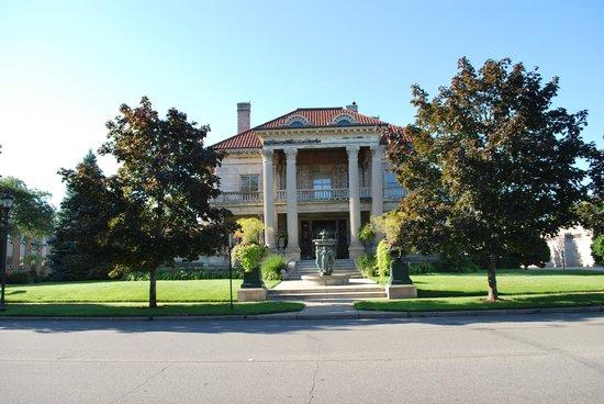 Beiger Mansion Inn