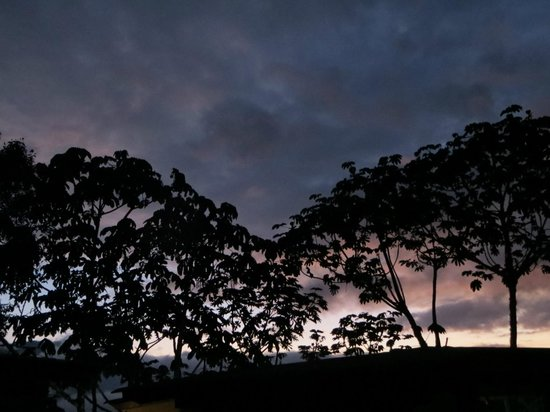 Cabañas San Isidro:                   Dawn outside my cabin