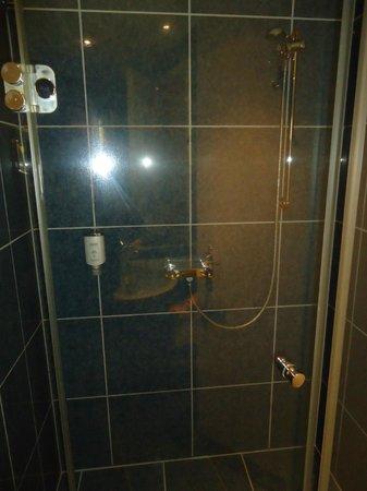 City Hotel Frankfurt - Bad Vilbel:                   bath