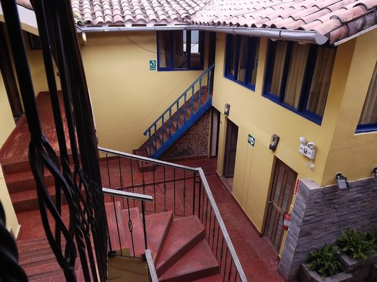 Yanantin Guest House: Interior