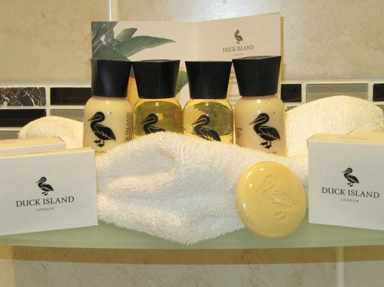 Shirley Hotel: Top branded complimentary toiletries provided