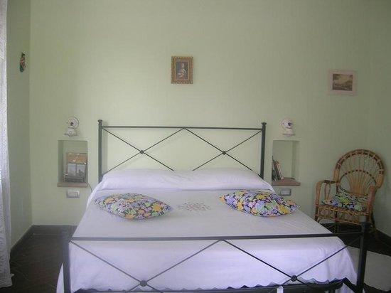 La camera matrimoniale - Foto di La Terrazza del Subasio, Assisi ...