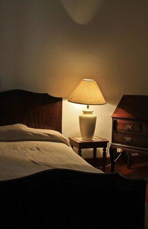 Ancoombra Tea Estate Bungalow: Bedroom