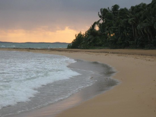 Luquillo Sunrise Beach Inn:                                     Beach walk from hotel