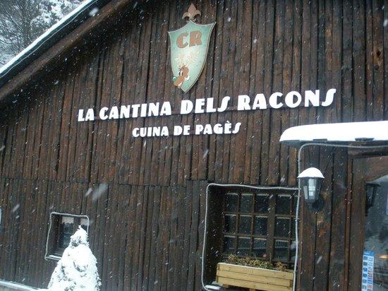 la cantina dels racons: nuestra cabaña