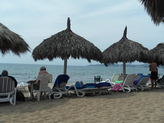Royal Decameron Complex:                   Beach front