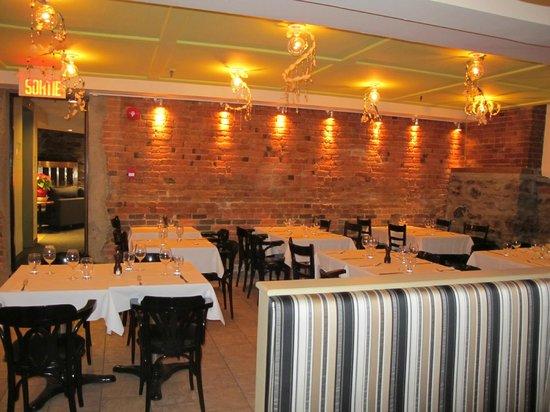 """Auberge Le Pomerol:                   Restaurant de l'Auberge """" Les Temps Nouveaux"""""""