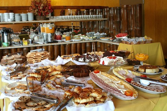 Rio Buzios Beach Hotel: Breakfast