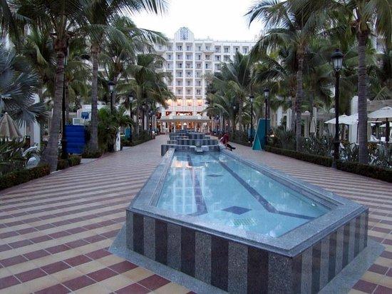 Hotel Riu Vallarta:                   Plaza