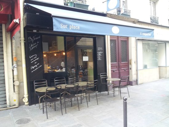 Photo of American Restaurant Big Fernand at 55 Rue Du Faubourg Poissonnière, Paris 75009, France