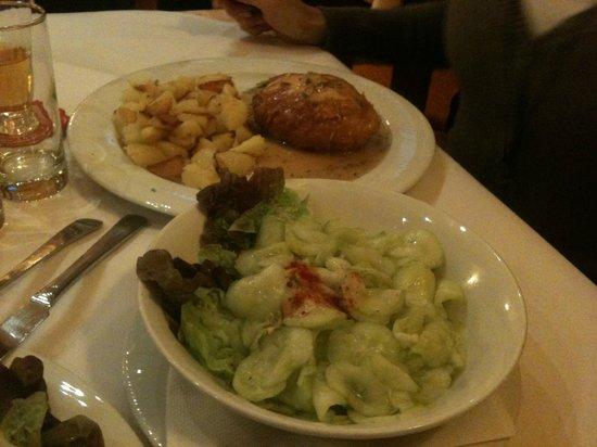 Pizzeria Romantica : uhorkovy salat a to druhe uz nepametam