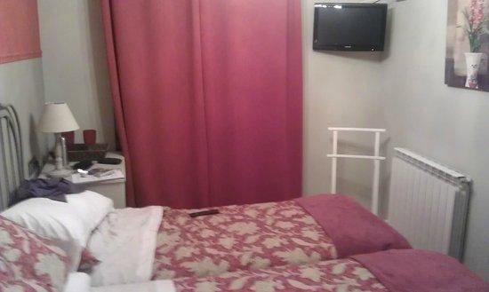 El Encanto del Moncayo: detalle habitación-segunda planta-orientación Moncayo