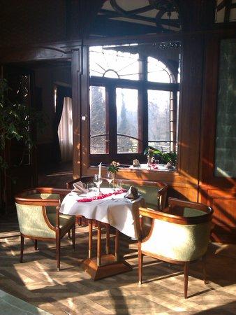 Zamek na Skale Hotel:                   zamek