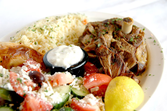Neighbours Restaurant and Pizza House:                   This Roasted Lamb is so delicious!!