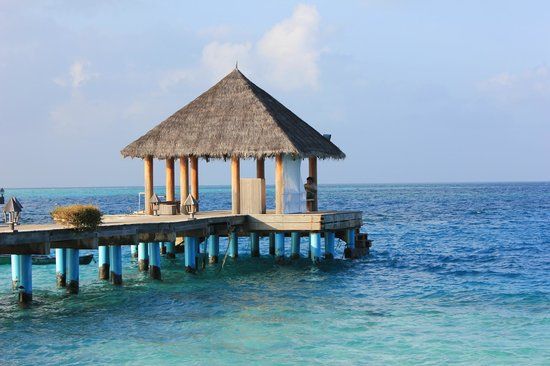 Gangehi Island Resort:                   Jetty