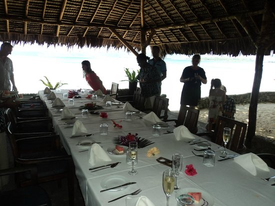 Paradise Cove Resort: getting ready to have x-mas lunch